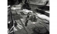 (1042) - Le nostre cooperative - Coop. La Fratellanza di Cadelbosco di Sopra - Lavori sul Crostolo negli anni '50